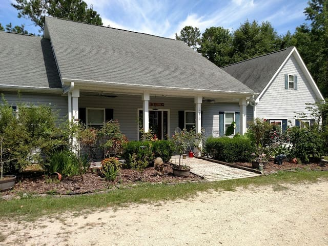 Four Mile Bed & Breakfast