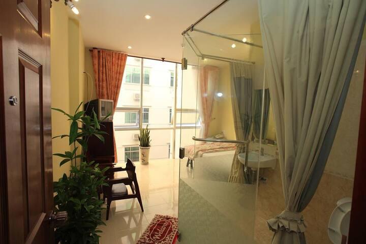 Pho Co hotels