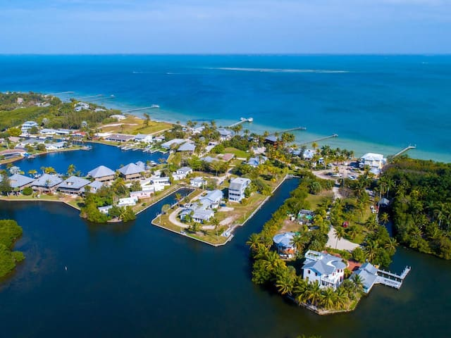 PINE ISLAND Vacation Paradise w/Optional Boat Slip