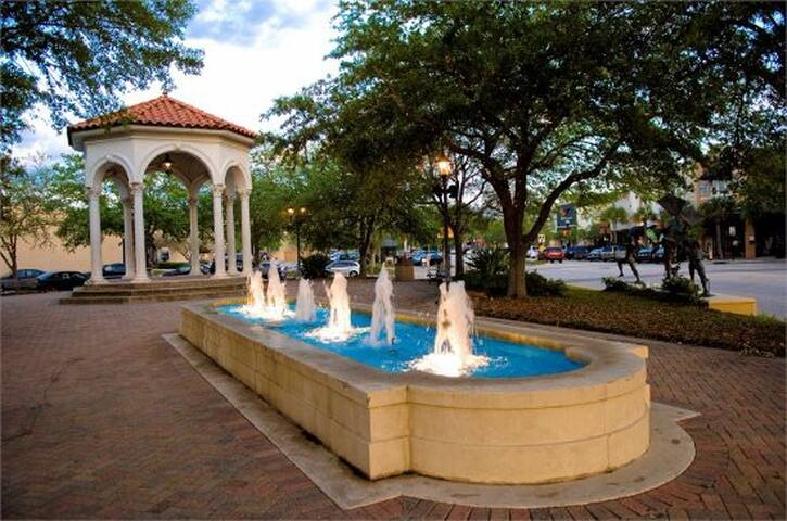 The beautiful San Marco square is only a block away!