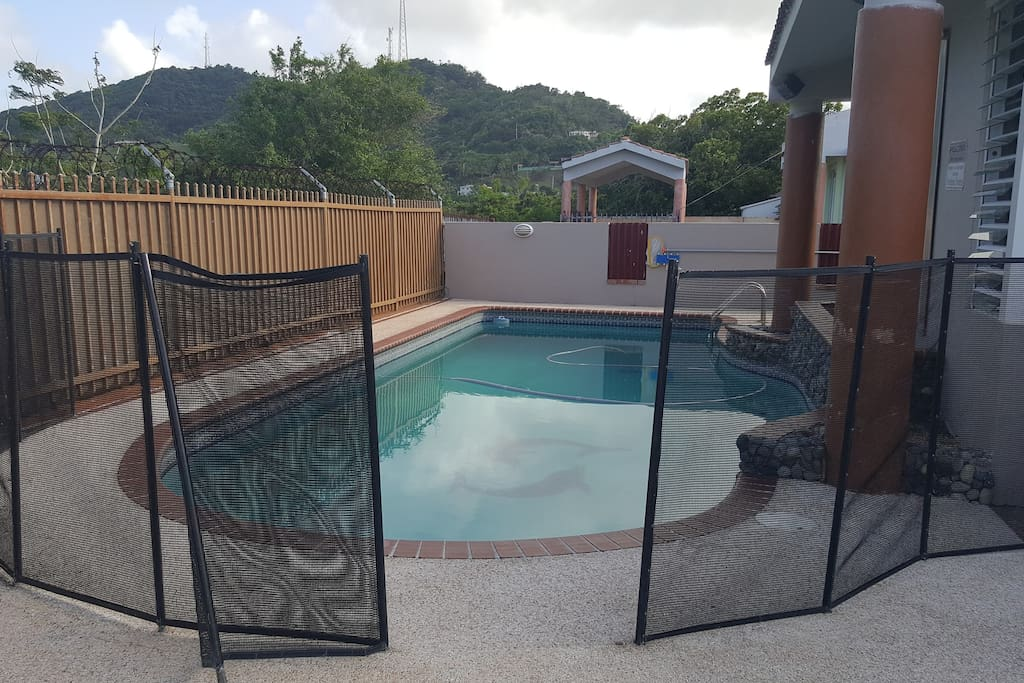 Baby guard pool fence