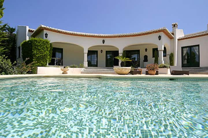 Villa La Cumbre