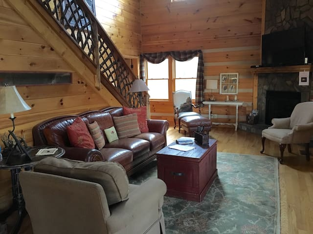 Cozy Cabin- Central to Boone/ASU - Vilas - Casa