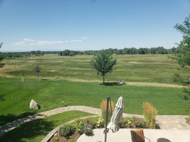 St. Vrain Suite, Platte River Fort