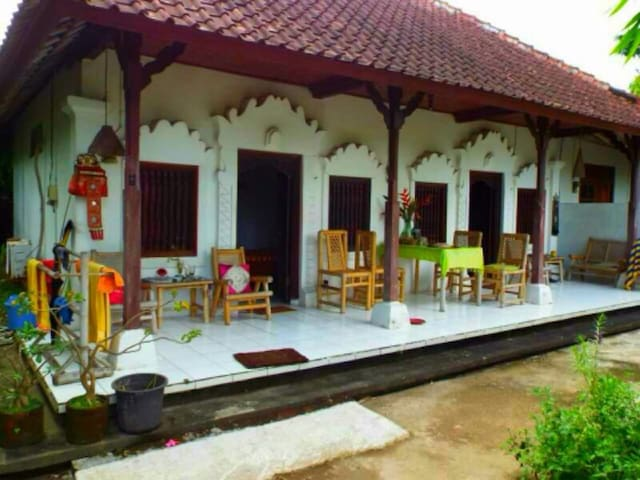 Bamboo Homestay House