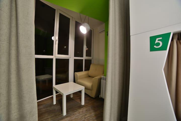 Место в 8-местном женском номере комфорт