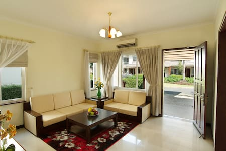 VIET NAM GOLF & COUNTRY CLUB - LAKEVIEW VILLAS - Ho-Chi-Minh-Stadt