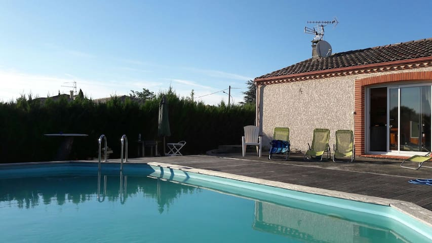 Maison 3 ch, 10 mn de Toulouse - Piscine et jardin - Тулуза
