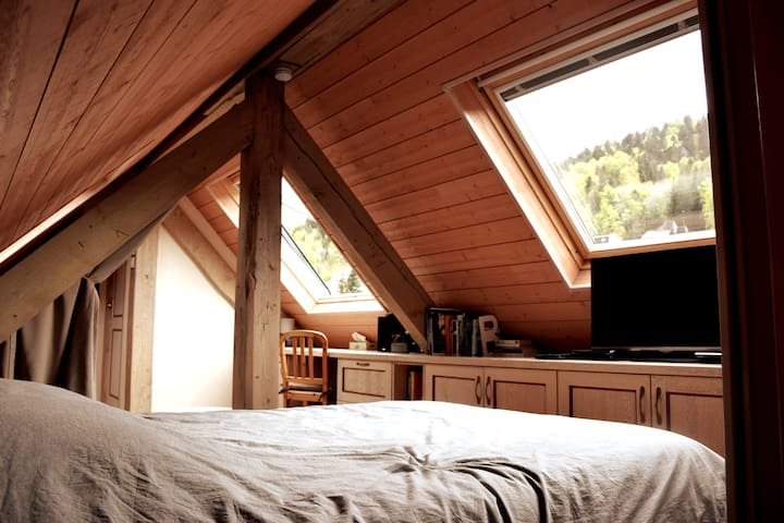 Ambiance cocooning sous les toits !