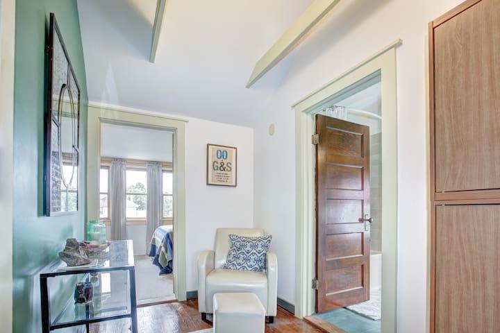 Private Room & Bath in DC suburb