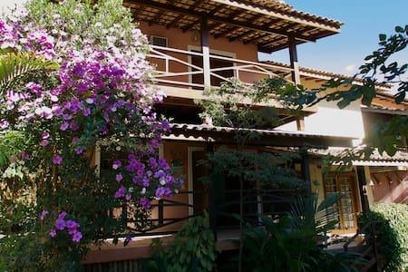 Casa tranquila + WIFI 30 MB, Ilhabela, SP