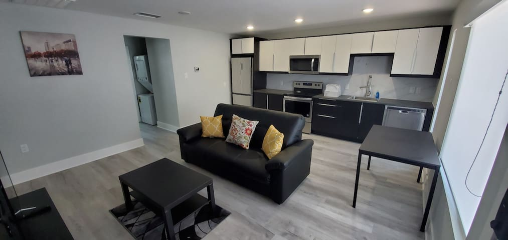30% Discount on Beautiful And Spacious 1 BR Unit