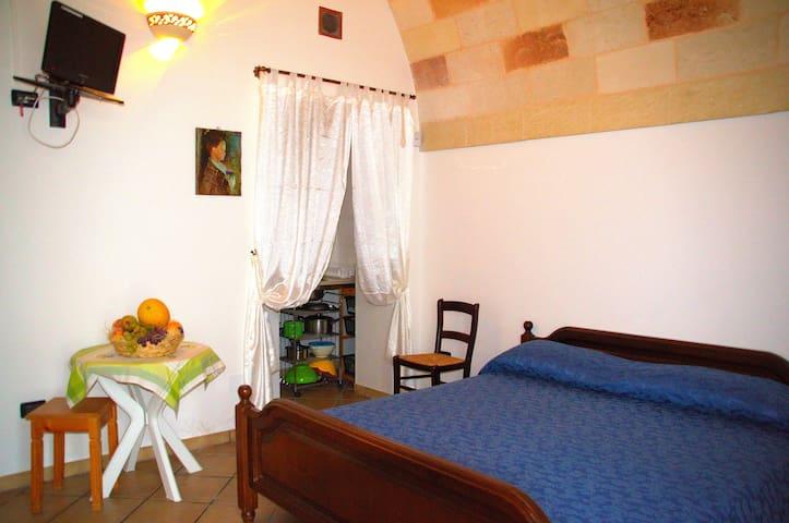 The Montanari Holiday Farmhouse - Carpignano Salentino - Holiday home