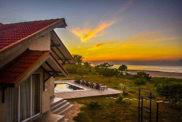 Pasikuda Beach House