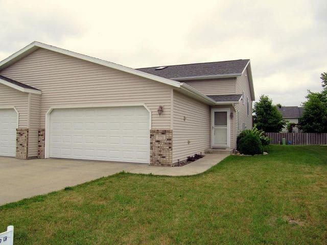 Twinhome - West Fargo - Townhouse