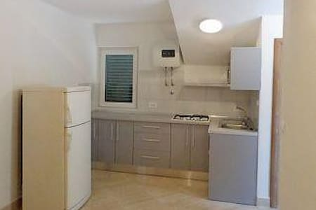 Three bedroom apartment with balcony and sea view Brist, Makarska (A-6813-a) - Apartamento