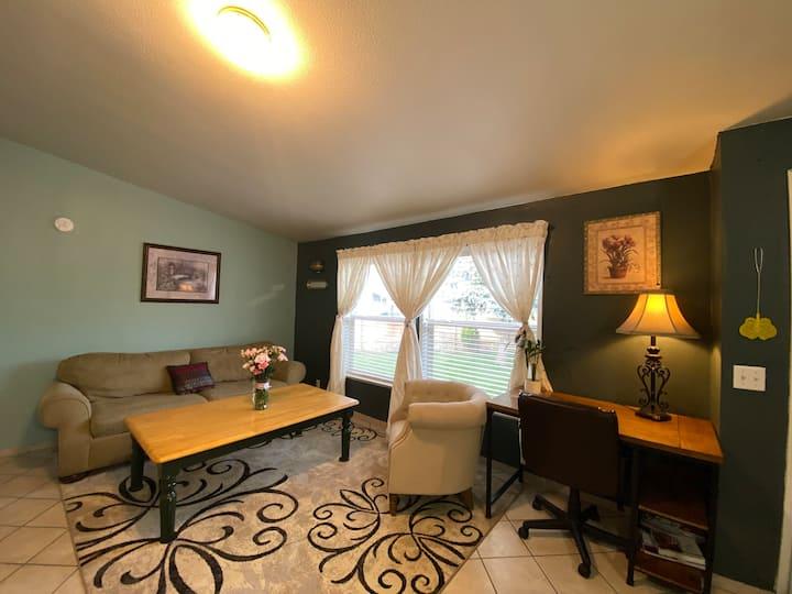 Convenient guest suite near downtown, kitchen
