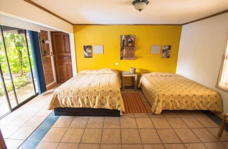 La Casona Hostel Guanacaste (Hojarasca)