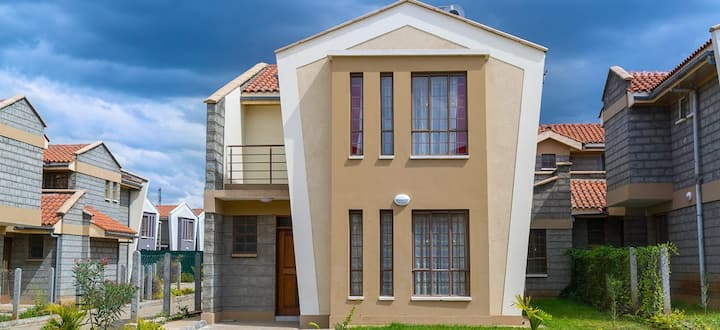 Nakuru home close to Lake and National park