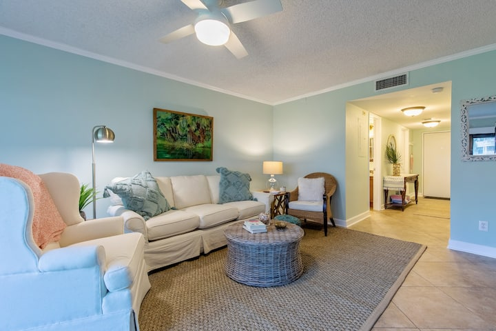 Boutique ground floor New Smyrna Beach condo