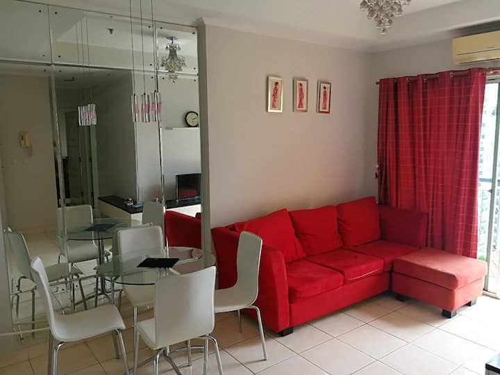 Cosy 2BR Apartment in North Jakarta MOI with WIFI