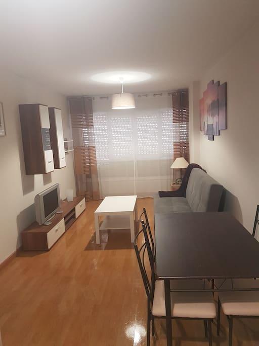 Piso a 5 minutos estaciones apartamentos en alquiler en for Compartir piso santander