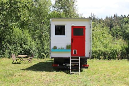 Charmantes Tiny-House mitten im Grünen