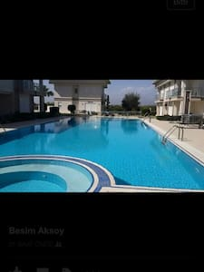 Genel havuzlu 2+1  villalarımız - Belek