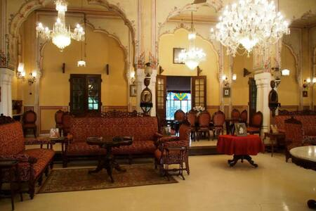 Naila Bagh Palace heritage home - Szoba reggelivel