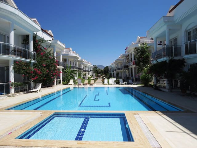 LUXURY 2X1 BEDROOM APARTMENT NEAR TO ÇALIŞ BEACH - Fethiye - Wohnung