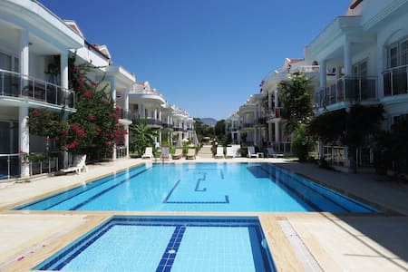 LUXURY 2X1 BEDROOM APARTMENT NEAR TO ÇALIŞ BEACH - Fethiye - Apartamento
