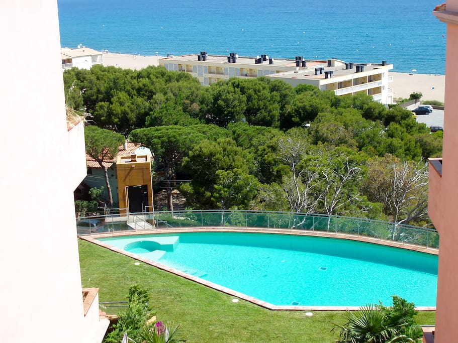 Community pool and garden - SA PUNTA COSTA BRAVA