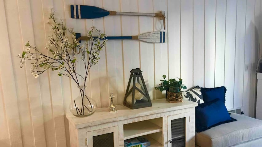 Beach Beauty!! New fixtures and furnishings!