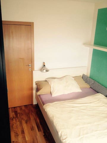 Private, clean and cozy room - Praha - Byt