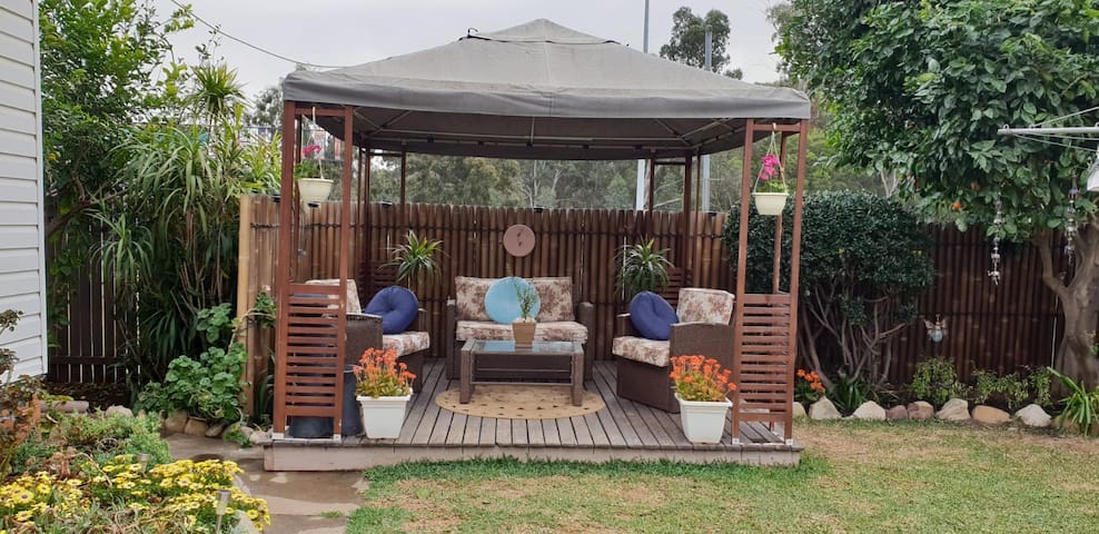 Paradigm garden house