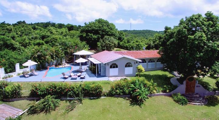 Casa Rubina, close to beach and Esperanza
