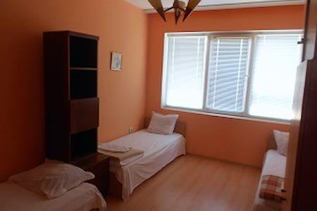 Guest room in the house 3 - Gabrovo - Dom