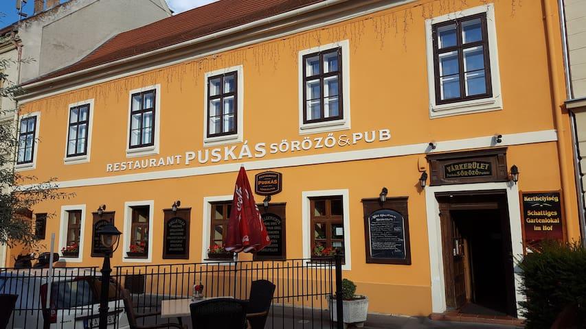 Polgári lakás a belváros szívében - Sopron - Appartement