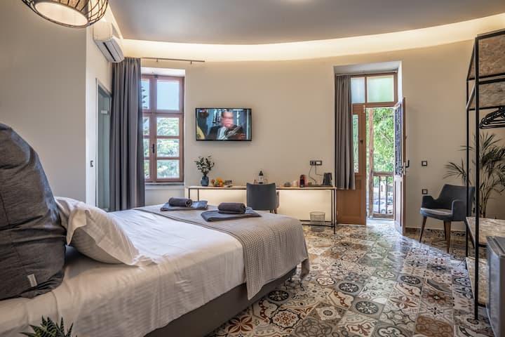 Casa Poli Double Room in Rhodes City Center