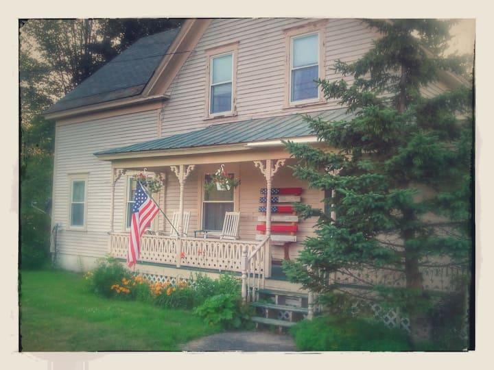 Quaint farmhouse nestled in western Maine