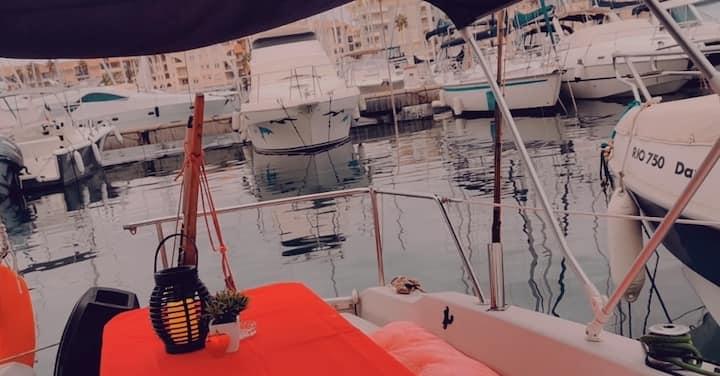 Séjour pittoresque dans un voilier de 6 mètres