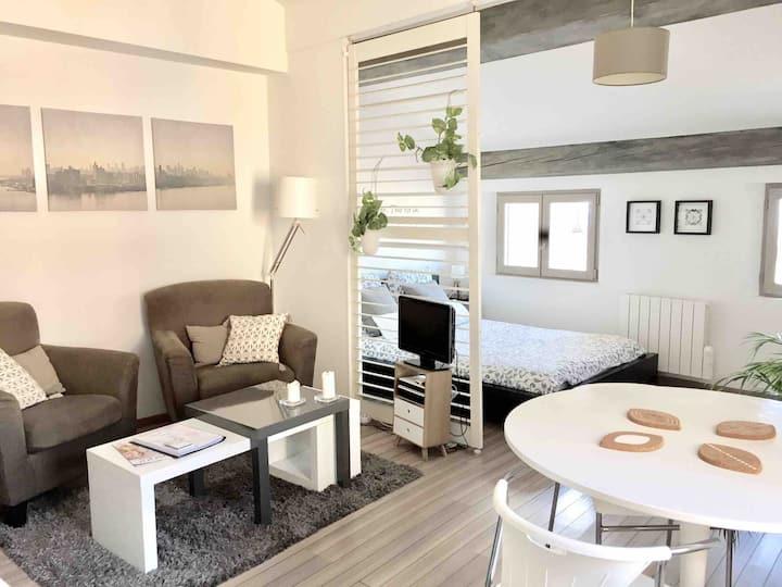 Charmant studio en plein coeur de Grasse - Vue Mer