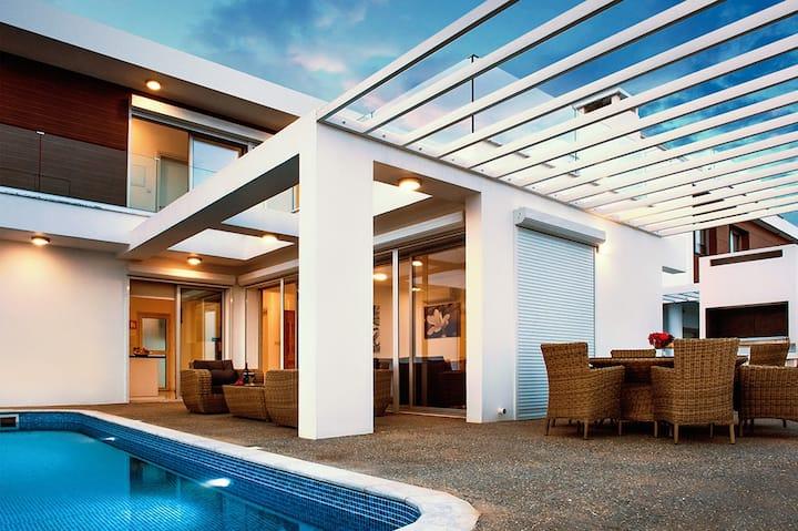 Rubi -luxury villa in private complex in Ayia Napa