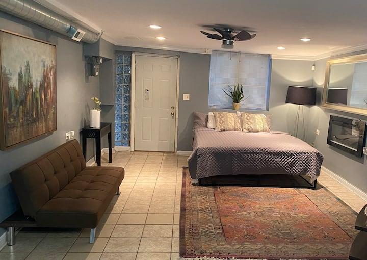 Mckelvin Garden suite