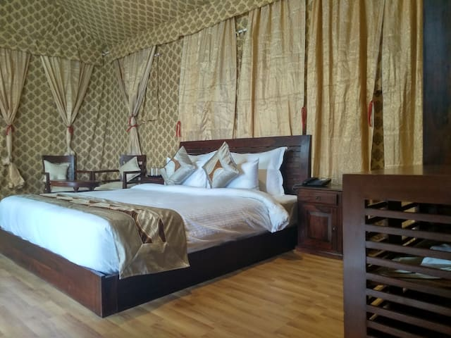 1 Luxury Swiss Tent   Enchanting Hideaway