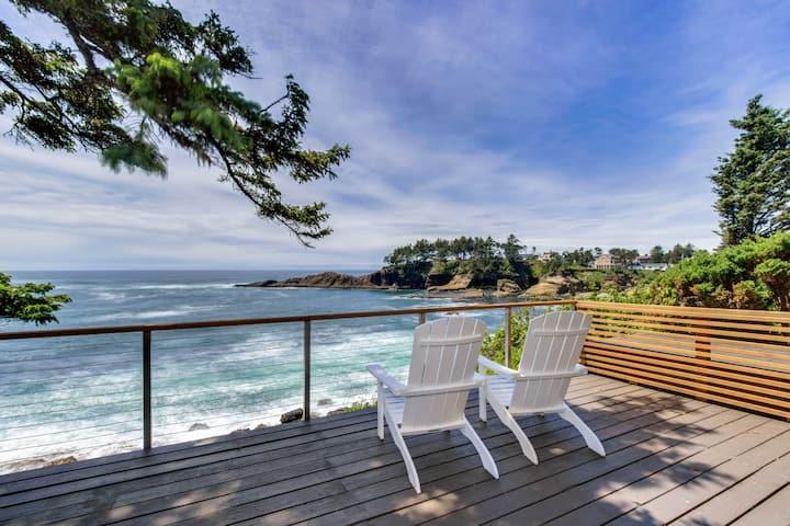 Dog-friendly oceanfront home w/ coastal views, a telescope, walk everywhere