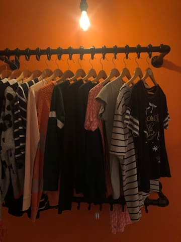 We hate it when you are in a hotel and have only 6 hangers for our clothes. In this Airbnb we have plenty of space to hang your clothes.