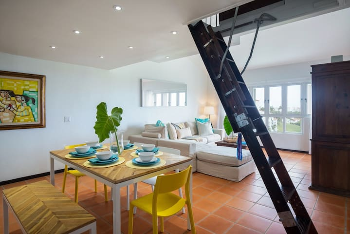 Villa Las Brisas | Unique and vibrant 1 bedroom villa in Rio Mar