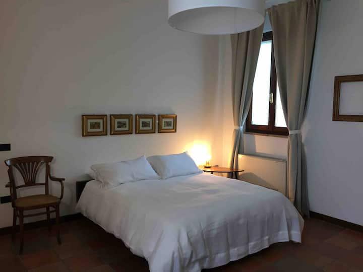 Country Room in Crema Zona Università e Cosmesi