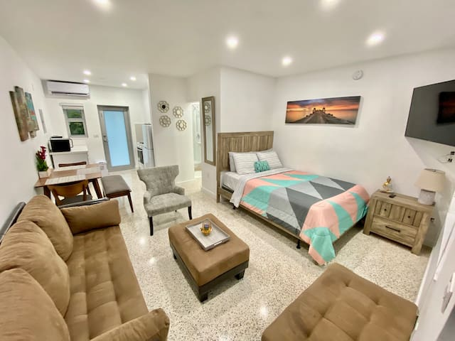 Wynwood Studio 30% Discount all 14+ Day Bookings.